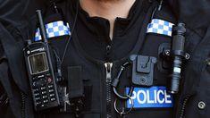 Entre as 11h30 de domingo e as 2h35 desta segunda-feira quatro jovens foram mortos em Londres e mais um está internado em estado crítico. As autoridades dizem que os casos não terão ligação. http://observador.pt/2018/01/01/quatro-jovens-esfaqueados-em-menos-de-24-horas-em-londres/
