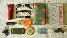 what's in my bag-2