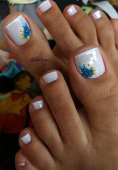 Pretty Toe Nails, Pretty Toes, Pedicure Nail Art, Toe Nail Art, Coffin Nails, Acrylic Nails, Elegant Nails, Toe Nail Designs, Hot Nails