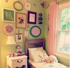 Gorgeous little girls bedroom..not sure who this is. Pic was found online. If anyone knows who it belongs to please let me know so I can give credit where it's due :)