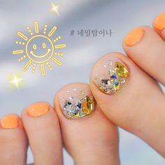 Korean Toe Nail Designs - Silver Blue Crystal Toe Nails in 2020 Cute Toe Nails, Toe Nail Art, Gel Toe Nails, Black Toe Nails, Pink Toe Nails, Silver Nails, White Nail Designs, Toe Nail Designs, Hair And Nails