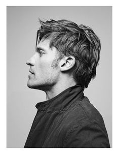 Nikolaj Coster-Waldau by Bjorn Iooss (Vogue Italy)  Soft overhead and back.  Separate fill on BG