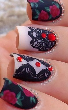 ABSOLUTELY MY FAVORITE! totally me!!!!!!Roses & Lace nails nailart