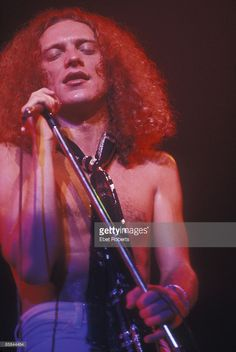 Photo of Lou GRAMM and FOREIGNER; Lou Gramm, Capitol Theatre, Passaic, New Jersey