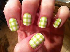 Spring gingham nails. Springham nails!
