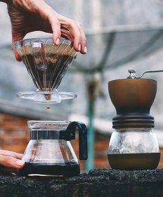 70+ mejores imágenes de cafeteras en 2020 | cafetera, cafe