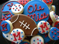 Recipe Ole Miss Cookie Platter with Whimsy Cookie Bites. Thank you Susan.I enjoyed visiting with you! by Whimsy Cookie Co. Iced Cookies, Cute Cookies, Royal Icing Cookies, Sugar Cookies, Ole Miss Tailgating, Ole Miss Football, Tailgating Ideas, Tailgate Food, Alabama Football
