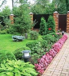 Rows of small shrubs, fill the floor space, landscape lighting Front Garden Landscape, Lawn And Landscape, Landscape Design, Outdoor Landscaping, Front Yard Landscaping, Outdoor Gardens, Landscaping Ideas, Small Backyard Design, Backyard Garden Design