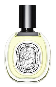 Eau de Lierre. A few years earlier, Desmond Knox Leet, Christiane Gautrot and Yves Coueslant created an ivy scented candle. They loved its fresh fragrance, its sharp notes and sweet bitterness. Eau de Lierre conjures up a painter's studio near the sea, overlooking a flowery and a luxurious English garden that grows wilder as it leads down toward the cliffs. Near a pond, the ivy creeps over a wall and reveals a Roman warrior's head. Sweet memories are evoked, reminiscent of Desmond's…