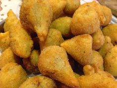 Recettes d'une mère de famille nombreuse: Coxinhas de poulet : bouchées apéritives brésiliennes