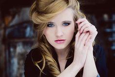 Models: Patrycja Cegielska Hairstyle: Małgorzata Gościńska-Ziółkowska Make up: Dominika Dąbrowska Photo and stylization: Oliwia Ziółkowska Place: Kawiarnia Pauza For P...
