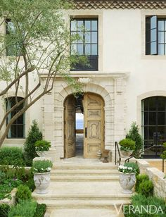 Mediterranean Front Door : Absolutelygorgeous mediterranean southwestern style front yard exterior is iron hand rail and gravel front path with covered front door. Southwestern exterior ideas exterior decoratively mediterranean front door with gravel pa Design Exterior, Interior Exterior, French Exterior, Beautiful Beach Houses, Beautiful Homes, French Provincial Home, Provence Style, California Homes, California Beach