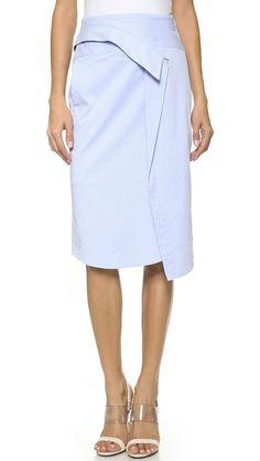 Pin for Later: 14 Ideen für ein frisches Büro-Outift BCBG Wrap Rock BCBG Max Azria Lone Skirt ($298)
