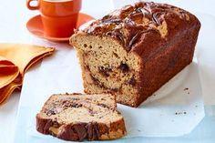 Choc-peppermint slice Peanut Butter Banana Bread, Banana Bread Recipes, Cake Recipes, Peppermint Slice, Easy Baking Recipes, Vegan Recipes, Hazelnut Spread, Bread Bun, Picnic Foods