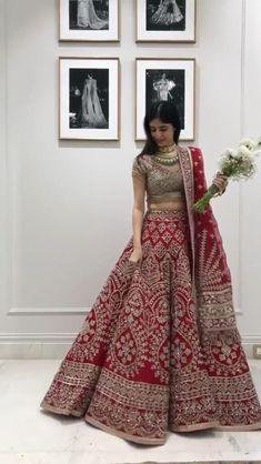 Red Wedding Lehenga, Wedding Lehenga Designs, Designer Bridal Lehenga, Indian Bridal Lehenga, Indian Bridal Outfits, Indian Bridal Fashion, Pakistani Bridal Wear, Indian Fashion Dresses, Indian Designer Outfits