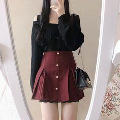 Korean Fashion Dress, Kpop Fashion Outfits, Girls Fashion Clothes, Ulzzang Fashion, Korean Outfits, Cute Fashion, Skater Fashion, Korean Fashion Kpop, Cute Skirt Outfits