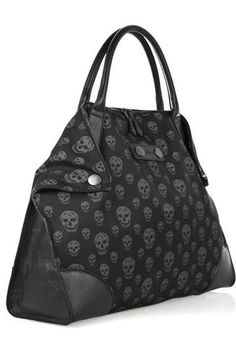 Skull fabric, w/ leather trim. Skull Shoes, Skull Purse, Handbag Accessories, Fashion Accessories, Gothic Accessories, Skull Fashion, Punk, Mode Style, Purse Wallet