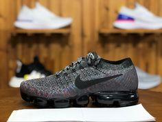 competitive price fb79a 003d7 Nikes Noir, Chaussures De Sport, Air Jordans, Chaussures De Course, Baskets  Nike