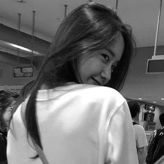 Grid Wallpaper, Im Yoon Ah, Yoona Snsd, Cute Asian Girls, K2, Girls Generation, Sehun, Kdrama, Elsa