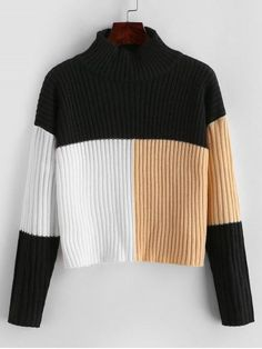 This casual sweater with common drop-shoulder design emphasizes a thermal mock collarline, three-tone color hue, and an alluring cropped length cut which adds charm and fashion. Team it with jeans or pants for a modern style. Cropped Sweater, Sweater Cardigan, Jersey Casual, Hue, Denim Vintage, Bikini Push Up, Romper With Skirt, Mini Vestidos, Casual Sweaters