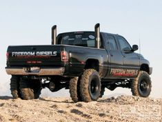 Freedom Diesel Trucks - Soooo sick...