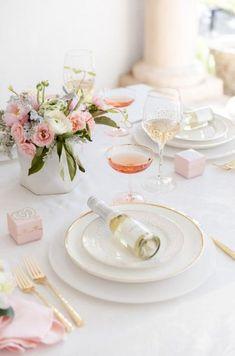 best Ideas for elegant bridal shower decorations table settings pink Bridal Shower Tables, Bridal Shower Favors, Bridal Shower Decorations, Wedding Favors, Wedding Ideas, Wedding Inspiration, Bachelorette Decorations, Decor Wedding, Wedding Receptions