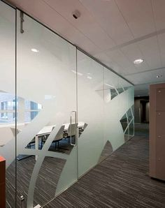 Модульная раздвижная стенка CLIP-IN изде́лий Systems by Glassolutions