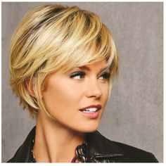 Idée Tendance Coupe & Coiffure Femme 2018 : Tendance Sac 2018 Description Textured Fringe Bob by Hairdo, Bob Wig with … Mom Hairstyles, Short Bob Hairstyles, Mom Haircuts, Formal Hairstyles, Hairdos, Haircut Trends 2017, Medium Hair Styles, Short Hair Styles, Short Hair With Layers