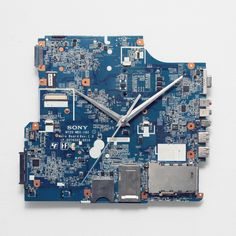 Motherboard Wall Clock, Geeky Home Decor, Geek Present Steampunk Crafts, Clock Parts, Unique Wall Clocks, Handmade Accessories, Craft Supplies, Geek Stuff, Stuff To Buy, Home Decor, Products