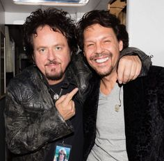 Steve Lukather of Toto & Kasim Sulton from Todd Rundren's band.  Pic taken on Todd's current tour. #Toto #ToddRundgren