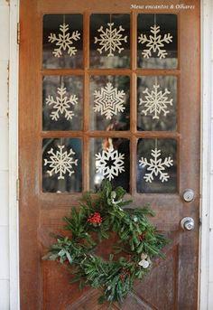 Porta com decoração de Natal