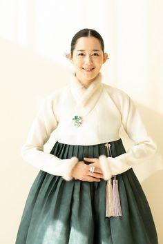 Korean Traditional Dress, Traditional Dresses, Korea Fashion, Tulle, Womens Fashion, Skirts, Blog, Awesome, Skirt