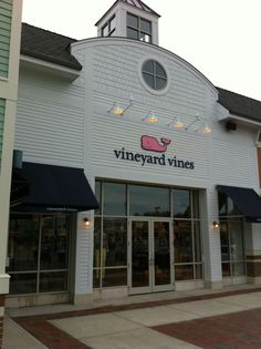 ahh what would i do without vineyard vines?