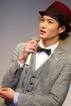 Masaki Okada Masaki, Best Actor, Character Inspiration, Eye Candy, Actors, Fashion, Moda, Fashion Styles, Fashion Illustrations