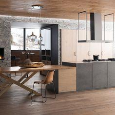 Une cuisine grise pour un espace chaleureux. Lieu de partage et de convivialité, la cuisine doit donner envie de se rassembler et doit être accueillante et chaleureuse. C'est le choix des matériaux qui va orienter l'ambiance que vous allez donner à votre cuisine. Avec le bon mélange de mobilier de cuisine gris et en bois, vous obtiendrez un esprit chalet de montagne, parfait pour réchauffer l'atmosphère. L'aspect brut de la cuisine grise, avec un enduit béton ou un effet de matière, se marie…