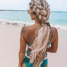 Wonderful ideas of most amazing trends of inspirational ponytail braided hairstyles to show off right now. If you are feeling bored with your existing ponytails then you must see here for latest braided ponytail hairstyles and haircuts for Summer Hairstyles, Pretty Hairstyles, Beach Hairstyles For Long Hair, Elegant Hairstyles, Braided Ponytail Hairstyles, Wavy Hairstyles, Wedding Hairstyles, Medieval Hairstyles, Woman Hairstyles