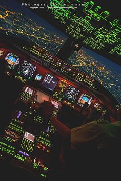Cockpit instruments - Quinn's Page Boeing 737 Cockpit, Helicopter Cockpit, Boeing 777, Aviation Quotes, Airplane Quotes, Photo Avion, Airplane Wallpaper, Plane Photos, Airplane Photography