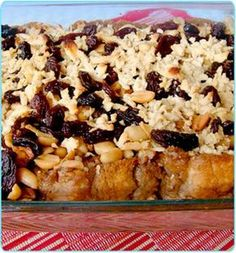 CAPIROTADA TRADICIONAL Mexican Sweet Breads, Mexican Dishes, Mexican Food Recipes, Sweet Recipes, Mexican Bread Pudding, Dessert Drinks, Desserts, Mexico Food, Queso Cotija