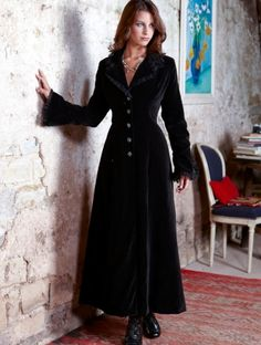 gorgeous shape velvet coat