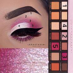 Best Ideas For Makeup Tutorials Picture Description ABH Modern Renessaince - #Makeup https://glamfashion.net/beauty/make-up/best-ideas-for-makeup-tutorials-abh-modern-renessaince-2/
