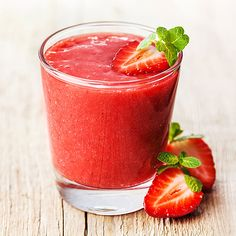 erdbeer kokos smoothie gesundes rezept zum abnehmen smoothie rezepte zum abnehmen smoothie. Black Bedroom Furniture Sets. Home Design Ideas