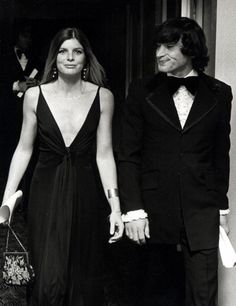 Actress Katharine Ross and date Tom Lisi attending the premiere party for 'Voyage of the Damned' on December 18 1976 at the St Regis Roof in New York. Katherine Ross, Ali Macgraw, Night Pictures, Opening Night, December, Actresses, York, Formal Dresses, Party