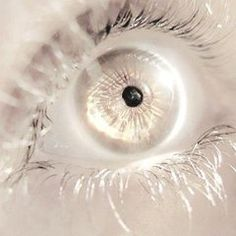 28 Ideas for eye iris photography character inspiration Pretty Eyes, Cool Eyes, Beautiful Eyes, Beautiful Pictures, Aesthetic Eyes, Gold Aesthetic, Character Inspiration, Character Design, Fantasy Inspiration