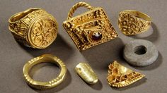 """A """"significant"""" hoard of Anglo Saxon gold unearthed by a metal detector in a Leeds field is to go on show."""