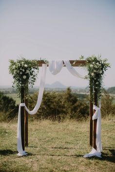 New Zealand Farm Wedding - I got you babe Wedding - Lilli Waters Photography