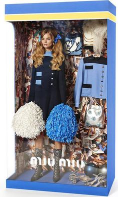 Queridos Reyes Magos... ¡Queremos las Barbies de Vogue Paris!