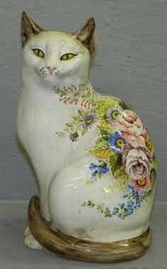 Italian hand painted figurine of Siamese cat.