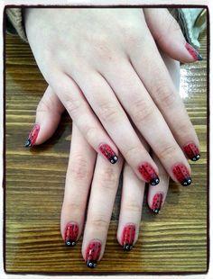 Decoración mariquitas Shellac.  Nails desing Shellac ladybugs decoration.