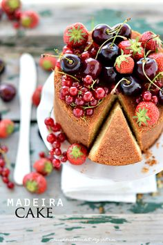 PANEDOLCEALCIOCCOLATO: Madeira Cake e si ritorna!