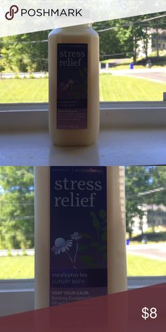 Bath and body works stress therapy Bath and body works eucalyptus tea luxury bath. Aroma therapy to keep calm. It moisturizes and nourishes skin Other